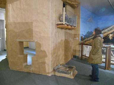 Cliff dwelling exhibit